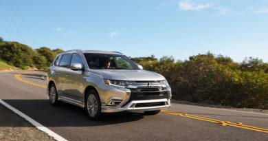 2021 Mitsubishi Outlander PHEV Comes With New Powertrain, Better Range