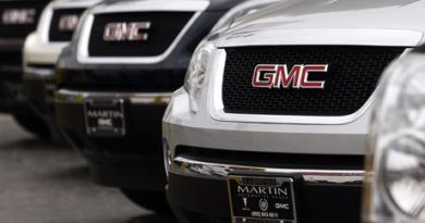 GM's deleted dealers head back to court
