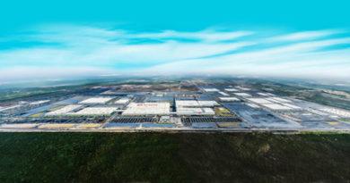 Kia Motors Mexico Plant Aerial View (CNW Group/KIA Canada Inc.)