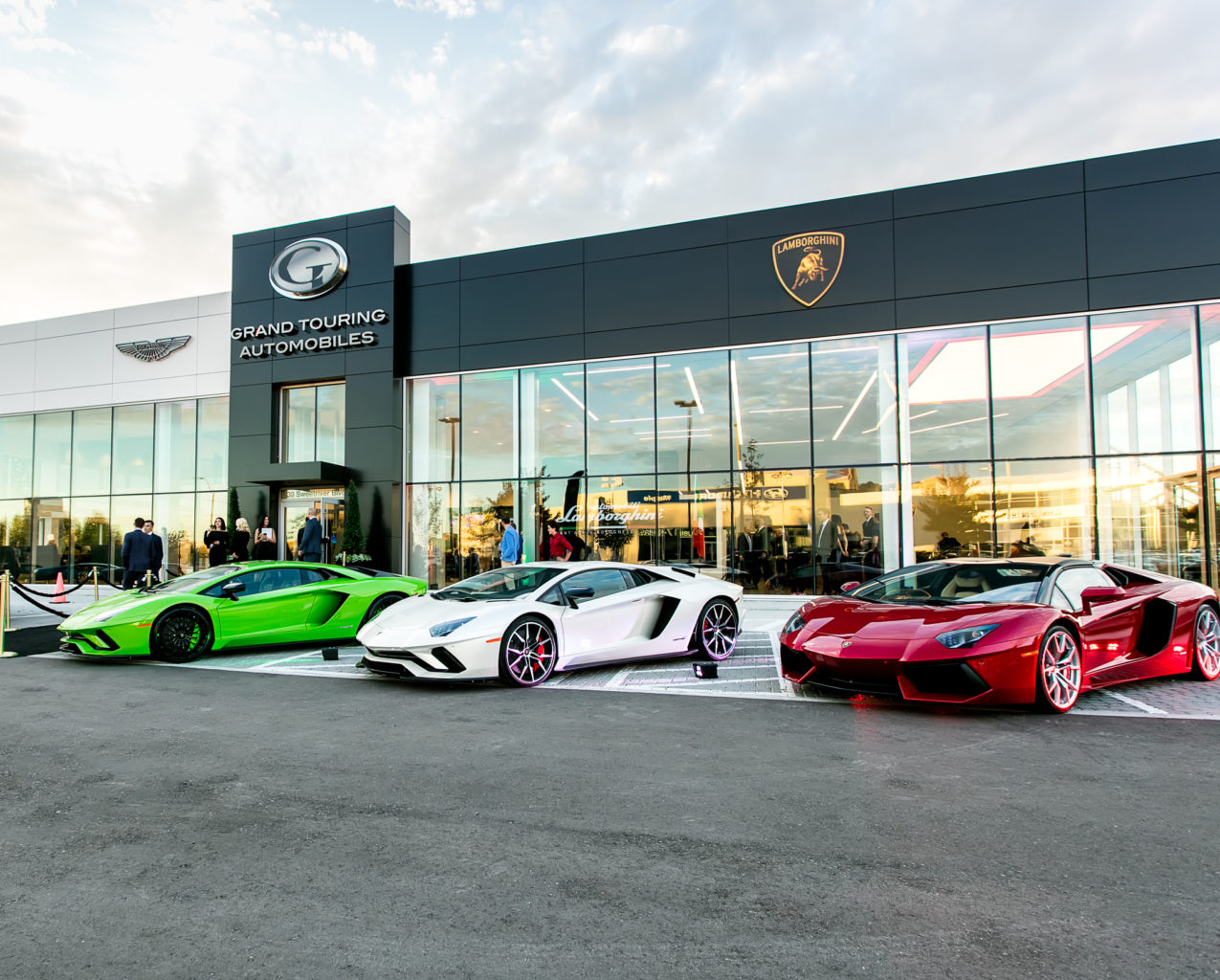 New Home For Lamborghini Uptown Toronto