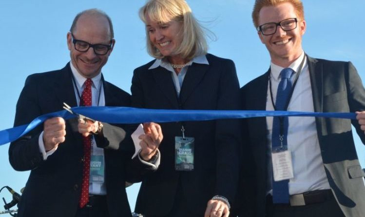 Vaught Wyant joins Ford Canada chief Dianne Craig and Michael Wyant to open the new store